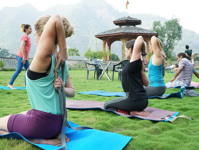 200 Hour Yoga Teacher Training in Rishikesh, India – 2019